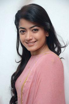 Rashmika mandanna Cute Photos, Hd Photos, Girl Photos, Anushka Shetty Navel, Mallika Kapoor, Pooja Kumar, Sonia Agarwal, Regina Cassandra, Dehati Girl Photo