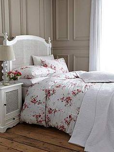 Shabby Chic bedroom - House of Fraser #bedroom #bedlinen #houseoffraser