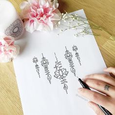 Tatto Ideas 2017 – Lotus Unalome Temporary Tattoo Set Tatto Ideas & Trends 2017 - DISCOVER Ensemble de tatouage temporaire Unalome par FoxgloveCollective Discovred by : auffret nathalie 16 Tattoo, Tattoo Henna, Unalome Tattoo, Tattoo Set, Unalome Symbol, Hindu Tattoos, Ganesha Tattoo, Samoan Tattoo, Polynesian Tattoos