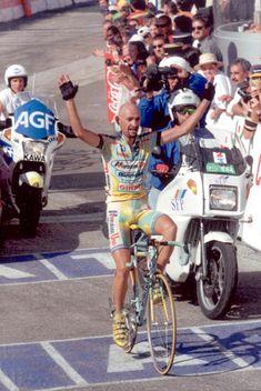 Stage 11: Pantani wins at Plateau de Beille.