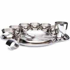 Thali Dinner Set Buy Thali Dinner Set online from Spices of India - The UK's leading Indian Grocer. Free delivery on Thali Dinner Set (conditions apply). Dinner Sets, Vegan Dishes, Conditioner, Spices, Table Settings, Stainless Steel, Tableware, Kitchen, Stuff To Buy