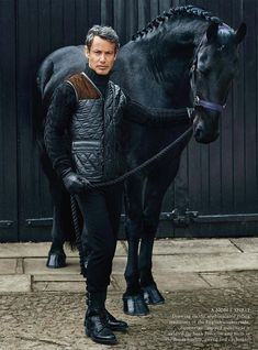 The most important role of equestrian clothing is for security Although horses can be trained they can be unforeseeable when provoked. Riders are susceptible while riding and handling horses, espec… Men's Equestrian, Equestrian Outfits, Equestrian Fashion, Horse Fashion, Male Fashion, Fashion Fall, Fashion Boots, Mode Masculine, Zebras