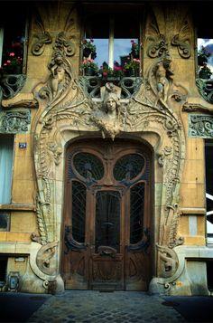 Paris 1.2 | Two Koons