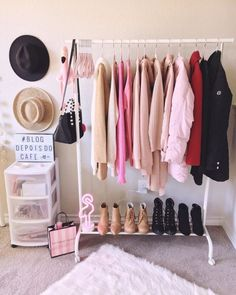 Small closet: 50 smart ideas to inspire you to assemble yours