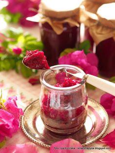Lemon Curd, Rose Petals, Moscow Mule Mugs, Panna Cotta, Raspberry, Good Food, Sweets, Canning, Fruit