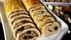 Hrnkový chléb téměř bez práce – RECETIMA Czech Recipes, Ethnic Recipes, Sushi, Bread, Food, Brot, Essen, Baking, Meals