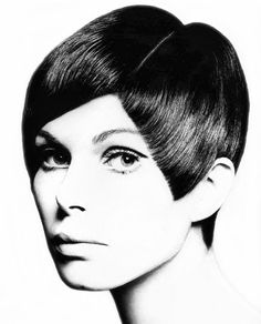 Crop: Acute angle cut, stylist Roger Thompson at Vidal Sassoon