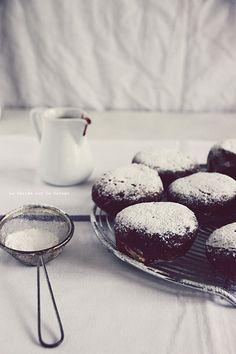 beignets096 Beignets fourrés à la crème patissière à la vanille, sauce au chocolat