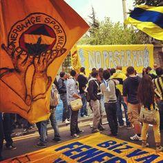 Fenerbahçe taraftarı 1 Mayıs Yürüyüşü