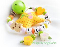 Schnullerkette von Schnullerkette auf DaWanda.com Mobiles, Chains, Diy And Crafts, Creations, Baby Shower, Etsy, Beads, Fun, Jewelry