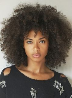 Natural highly textured hair. Prep: Be curly style prep, Style: be curly curl enhancer, Finish: be curly hairspray  Tools: diffuser