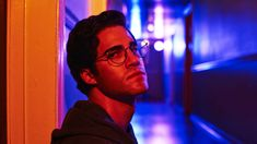 The second installment of Ryan Murphy's crime saga focuses on the murder of Gianni Versace and a complex and controlled performance from Darren Criss. Do not go into The Assassination of Gianni Versace: American Crime Story Gianni Versace, Donatella Versace, American Crime Story, American Psycho, Lgbt, Darren Criss Glee, Ryan Murphy, Ted Bundy, Six Feet Under