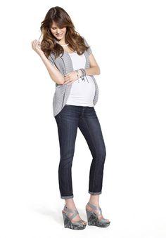 Maternity jean and knit cardigan // Jean de maternité et cardigan en tricot