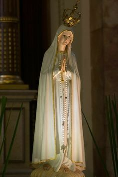 Page Not Found - Catholic Sistas Blessed Mother Mary, Blessed Virgin Mary, Catholic Wallpaper, I Love You Mother, Lady Of Fatima, Mama Mary, Mary And Jesus, Holy Mary, Kirchen
