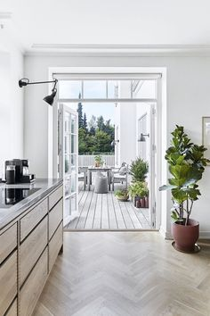 Calming Minimalism in the Home of Designer Kathrine Espersen — danish design space Patio Interior, Interior Design Kitchen, Modern Interior Design, Interior Decorating, Decorating Kitchen, Decorating Games, Decorating Websites, Home Decor Kitchen, New Kitchen