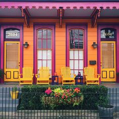 """born-in-salem: """" New Orleans by Laura Steffan. Interior Barn Doors, Interior And Exterior, Interior Design, Beautiful Homes, Beautiful Places, Tyni House, Rainbow House, Pintura Exterior, Shotgun House"""