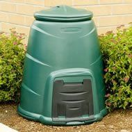 Guide: Types of Composters Kitchen Compost Bin, Green Pictures, Outdoor Rooms, Garden Hose, Composters, Recycling, Tiny Houses, Graphite, Simple