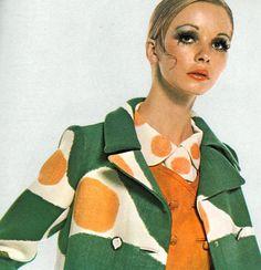 Maudie James photographed by David Bailey for Vogue, Moda Retro, Moda Vintage, Vintage Vogue, Sixties Fashion, Retro Fashion, Vintage Fashion, 1960s Mod Fashion, Fashion Fashion, High Fashion