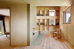 Image 7 of 36 from gallery of Casa C / Camponovo Baumgartner Architekten. Courtesy of Camponovo Baumgartner Architekten Timber Architecture, Contemporary Architecture, Architecture Design, Modern Family House, Wooden Barn, Weekend House, Villa, House Ideas, Interior Design