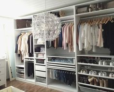 Home Inspiration IKEA PAX wardrobe. Inspiration and different combinations for the perfect dressing Ikea Closet, Wardrobe Closet, Walk In Closet, Closet Storage, Closet Organization, Organization Ideas, Bedroom Storage, Closet Drawers, Storage Ideas
