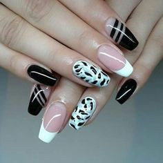 Black, white and kinda navy nails design.
