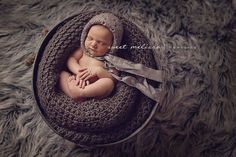 """LearnShootInspire.com """"one a day"""" by Sweet Melissa Photography on Facebook! #newborn #photography"""