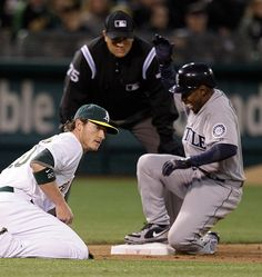 Chone Figgins collected 3 hits, drove in 2 and stole a base in a 7-3 #Mariners win over the A's. 4/6/12