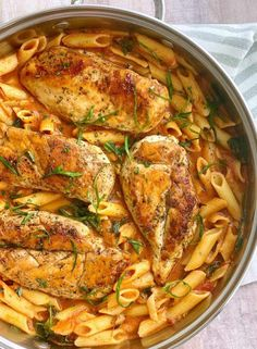 This 20 minute chicken penne pasta recipe is one you'll end up making weekly because it's basic and delcious. Pasta Recipes For Kids, Easy Chicken Recipes, Easy Dinner Recipes, Easy Recipes, Chicken Penne Pasta, Penne Pasta Recipes, Pasta Dishes, Savarin, Pasta Maker