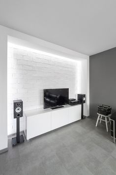 Grayscale Apartment By Arhitektura Budjevac
