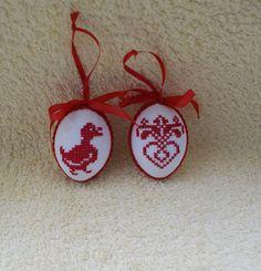 Kreuzstich Osterei Handarbeit Oster Motiv made by Strick-Skatstädterin via DaWanda.com
