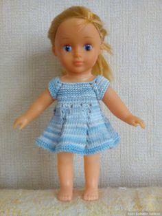 Российская Настенька, рост 20 см. Платье чуть тесновато :)