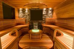 Sauna met stenen muur Sauna Lights, Sauna Steam Room, Everyday English, Steam Showers, Hotel Spa, Jacuzzi, My Dream Home, My House, Living Spaces