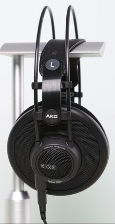 $200 AKG K7XX reviews, ratings, and specs. Compare to other similarly priced Over-Ear Audiophile headphones.