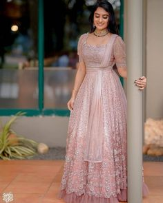 Bride Reception Dresses, Desi Wedding Dresses, Indian Wedding Outfits, Indian Outfits, Indian Fashion Dresses, Dress Indian Style, Indian Designer Outfits, Designer Dresses, Lehenga Saree Design