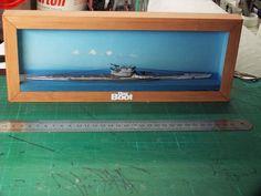 Deutsches Uboot Halbschiff aus einem ETB-Modell (Easy To Build] von Oliver bizer gebaut Paper Crafts, Frame, Easy, Home Decor, Deutsch, Model, Room Decor, Paper Craft Work, Frames