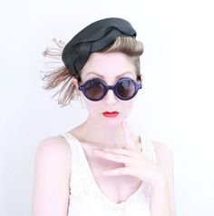 1950s Hat / VINTAGE / 50s Hat / Feathers / Straw by HighHatCouture
