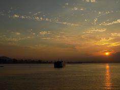 Sol se pondo, Baía de Guanabara, Niterói. Sun. Weather