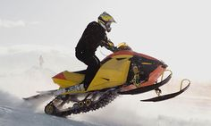 Best Places to Snowmobile in Southeast Michigan and Beyond in 2015-16.