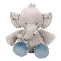 Das Kuscheltier Jack der Elelfant von Nattou ist ein wahrer Freund zum Schmusen und Kuscheln, sowie ein treuer Spielgefährte für kleine Entdecker. Der extrem weiche Nicki-Stoff schmiegt sich sanft an die Haut Ihres Babys an. So wird der süße Elefant ganz schnell zum unverzichtbaren Begleiter. Mit seinen großen Ohren und dem blauen Halstuch begeistert Jack Groß und Klein.