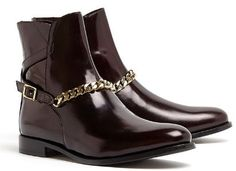 Burberry Shoes Farrow Chain Detail Ankle Boot (womens)
