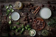 Maronensuppe mit Rosenkohlchips Zutaten / Chestnut Soup with Brussels Sprouts Chips ingredients - mehr zum Rezept auf http://www.urban-hunger.com/cooking-for-friends/maronensuppe-mit-rosenkohlchips/