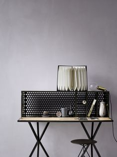 Black Desk / Heidi Lerkenfeldt