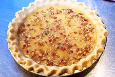 Pioneer Woman's Pecan Pie - Dessert - Mini Pecan Pies, Best Pecan Pie, Pecan Pie Bars, Pioneer Woman Pecan Pie, Pioneer Woman Desserts, Pecan Sticky Buns, Easy Pie Recipes, Potato Recipes, Cooking Recipes