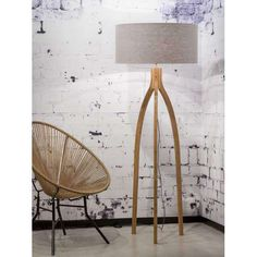 Floor lamp Annapurna with linen and bamboo | Good & Mojo Collection Lampen