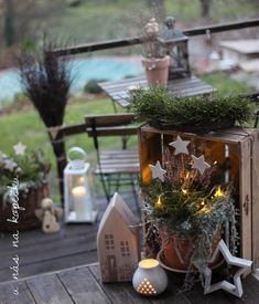 U nás na kopečku Outdoor Christmas Decorations, Table Decorations, Advent, Merry Christmas, Sweet Home, Home Decor, Gardens, Straws, Flower Decorations