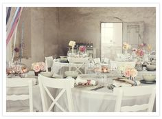 Romantic vintage wedding tables... Goregouse!!!! Gorgeous styling from Lo Bjurulf100layercake.com
