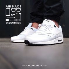 #nikeairmax #nikeessentials #essential #nikeair #sneakerbaas #baasbovenbaas  Nike Air Max 1 Essential - The white leather and mesh is without doubt a essential and cool element off this sneaker and makes it a good addition for your sneaker collection  Now online available | Priced 134,95 Euro! | Size 40.5 EU - 47.5 EU.