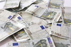 Americkí kapitalisti nám nariadili euro a odvtedy sa máme zle (Týždeň vo financiách očami komentátora)