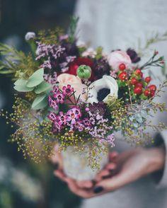 Le petit vase en nacre #fleuriste #fleuristebordeaux #flowershop#bouquet#avrilmai
