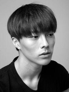 張基勇 (Jang Ki Yong)